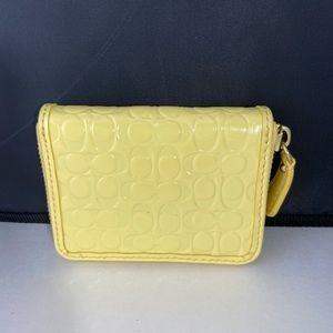 Coach Small Pastel Yellow Coin Purse Wallet NWOT